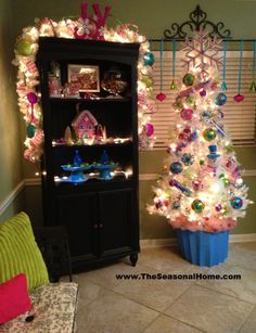 How to make large faux Christmas candy decorations! The Seasonal Home. Candy Land Christmas, Candy Christmas Decorations, Christmas Tree Themes, Merry Little Christmas, Pink Christmas, Winter Christmas, All Things Christmas, Pool Decorations, Halloween Christmas