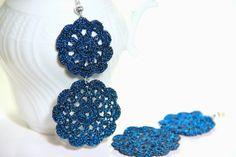 Orecchini a fiori blu notte pendenti a uncinetto on Etsy, 13,50€