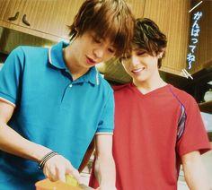 daiki arioka x yamada ryosuke hey! Japanese Boy, My Memory, My Boys, Beautiful Men, Hot Guys, Idol, Memories, Actors, Sayings