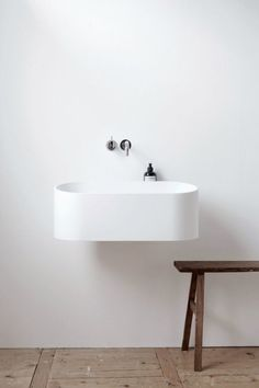 The 'Fuse' basin by Dutch bathroom designers B.V is a floating wall mounted ceramic basin - perfect for the minimalists out there, or for those of you with a smaller bathroom where space is limited. A beautiful design making it worthy of our this week 💫 Bad Inspiration, Bathroom Inspiration, Interior Inspiration, Laundry In Bathroom, Small Bathroom, Bathroom Ideas, White Bathroom, Bathroom Trends, Bathroom Styling