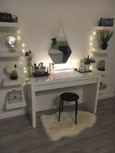 dream rooms for women ~ dream rooms . dream rooms for adults . dream rooms for women . dream rooms for couples . dream rooms for adults bedrooms . dream rooms for adults small spaces Cute Bedroom Ideas, Cute Room Decor, Girl Bedroom Designs, Teen Room Decor, Room Ideas Bedroom, Girls Bedroom, Master Bedroom, Girly Bedroom Decor, Bedroom Desk