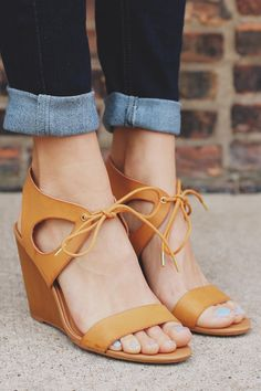 Retro Style Cutout Wedge Sandal Gipsy-55 – UOIOnline.com: Women's Clothing Boutique