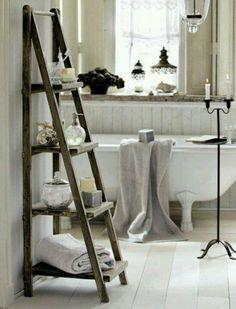 Handtuchleiter Holz - 35 reizende Badezimmer im Landhausstil                                                                                                                                                                                 Mehr