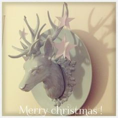 Gabulle in Wonderland @gabulleinwonderland cerf kitsch et étoiles 3D (DIY : vintage deer and paper stars)