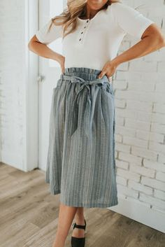 Bow tie detailing and cute multiprint pattern on this paper bag waist knee length skirt Modest Outfits, Modest Fashion, Cute Outfits, Modest Clothing, Looks Style, My Style, Trendy Clothes For Women, Boutique Clothing, Blue Denim