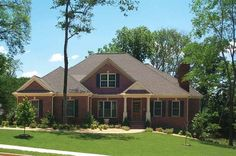 Colonial House Plan with 2648 Square Feet and 3 Bedrooms(s) from Dream Home Source   House Plan Code DHSW42640