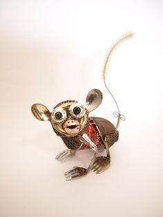 Playful Animal Sculptures Made of Salvaged Materials - My Modern Met