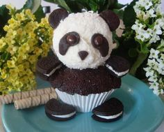My daughter loves pandas... and this is almost too cute to eat!