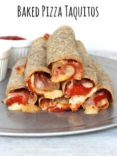 YUMMM >>> Baked Pizza Taquitos #recipe