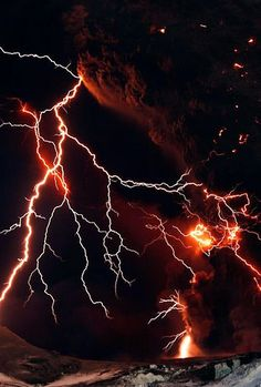 Lightning streaks across the sky as lava flows from a volcano in Eyjafjallajokul April Credit:LUCAS JACKSON Lightning Photography, Nature Photography, Photography Tips, Portrait Photography, Wedding Photography, Natural Phenomena, Natural Disasters, Thunder And Lightning, Lightning Storms