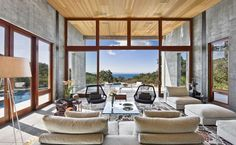 Modern concrete and glass home: Toro Canyon Residence http://www.onekindesign.com/2014/05/06/modern-concrete-glass-home-toro-canyon-residence/