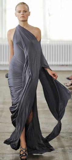 donna karan goddess dresses: I fell like bowing to the young Goddess...!