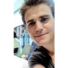 Daily Paul Wesley : Photo