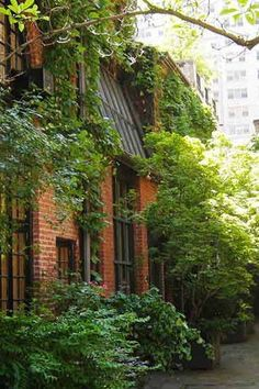 The 9 Most Beautiful Streets in New York City via @PureWow SNIFFEN COURT  You'll have to know a guy who knows a guy to stroll down this private road off East 36th Street in Murray Hill--even the Amateur Comedy Club, which has owned one of the carriage houses on Sniffen Court since 1918, is members only. Otherwise, you'll just have to stand at the gate and gaze longingly.