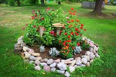 Garden Yard Ideas, Lawn And Garden, Garden Projects, Outdoor Landscaping, Front Yard Landscaping, Hedges Landscaping, Hydrangea Landscaping, Landscaping Ideas, Small Gardens