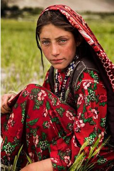 The Atlas of Beauty: Beautiful Women Around the World | Photographed in Afghanistan