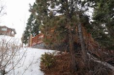 Big Bear Cabin #37 Ski-In - Ski-Out Bear Mountain 5Bed/4 Bath with entry to Bear Mountain! To Book call (310) 800-5454 or click the image!  #ski #bigbear #vacation #5starvacation #cabin #deck #spa #view #bearmountain