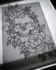 "42 Likes, 2 Comments - Lisa Wagner (@lisategnertit) on Instagram: ""Lines! #sketch #drawing #skull #tattoo #komså"""