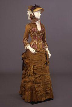 Day dress ca. 1881From the Galleria del Costume di Palazzo Pitti...