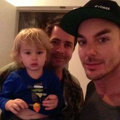 Shannon Leto and his friends. How cute