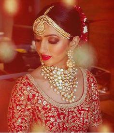 Like the top not thr jeweller y Big Fat Indian Wedding, Indian Wedding Jewelry, Indian Wedding Outfits, Indian Bridal, Wedding Looks, Wedding Wear, Bridal Looks, Wedding Bride, Wedding Jewellery Inspiration