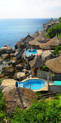 lovely boutique oceanfront Charm Churee Villa at Jansom Bay, Koh Tao, Thailand