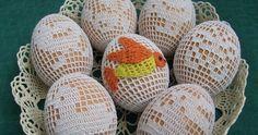 Dziś o pięknych filetowych jajach. Na wstępie pragnę wspomnieć, że nie jestem, nie czuję się specjalistką w tej dziedzinie, nie ja też wpadł... Easter Crochet Patterns, Projects To Try, Eggs, Diy, Bricolage, Egg, Do It Yourself, Fai Da Te, Diys
