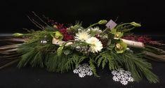 Centre de table. Centerpiece.  Noël. Christmas. Le Marché aux Fleurs, Saint-Bruno. Fleuriste. Événement. Art.  Livraison. 450-461-1845