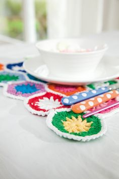 How to make crochet placemats - Mollie Makes