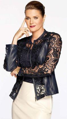 Love Fashion, Fashion Women, French Fashion, Fashion Fashion, Velvet Dress Designs, Looks Style, My Style, American Casual, Fashion Dresses