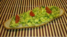 Avocado, chicken, parsley, chimes, lemon, salt &pepper. Deliciously healthy!