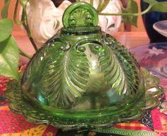 "EAPG 1899 U.S Glass state series ""Missouri"" aka palm and scroll, Lid Butter Dish"