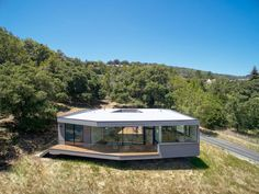 Box on the Rock / Schwartz and Architecture | Source