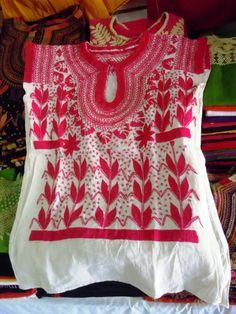 Blusa bordada a mano de Chiapas - Bordado Rococo