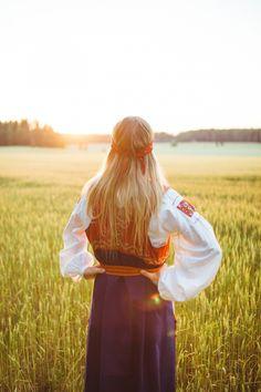 The Tuuteri folk dress, Finland | Viljapelto+kansallispuku