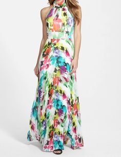 Short Girl   Long Dress