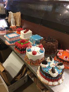Buttercream Cake Designs, Cake Icing, Easy Cake Decorating, Cake Decorating Techniques, Mini Cakes, Cupcake Cakes, Cupcakes, Rodjendanske Torte, Cake Land