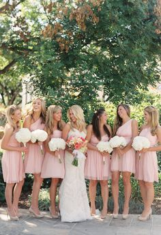 Short bridesmaid dresses, light pink, white bouquets // Sara Hasstedt Photograph