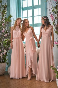 spring 2018 mix and match bridesmaids neutral bridesmaid dresses simple bridesmaid dresses boho bridesmaids bridal party available for plus size bridesmaids source by rikrakrotolo dresses. Neutral Bridesmaid Dresses, Wedding Bridesmaids, Plus Size Bridesmaids Dresses, Classy Bridesmaid Dresses, Boho Wedding, Wedding Gowns, Trendy Wedding, Wedding Flowers, Blush Flowers