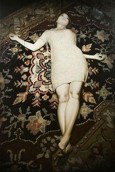 """Hobrechtstrasse"" - Antonio Santin, oil on canvas, 2011 {contemporary figurative realism artist beautiful clothed female supine reclining on rug painting drips #loveart} antoniosantin.com"