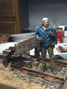 """75mm scale (1/24 scale) Apocalyptic figure, """"Clever Hunter"""" by Ki Yeol Yoon #Post_Apocalyptic #figure_model #vignette http://blog.naver.com/PostView.nhn?blogId=mark761214&logNo=220562842470&categoryNo=0&parentCategoryNo=0&viewDate=&currentPage=1&postListTopCurrentPage=1&from=postView"""
