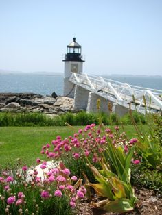 Lighthouse at Port Clyde with restored lighthouse keepers home as museum. Forrest Gump was filmed there. Maine New England, Maine Lighthouses, Lighthouse Keeper, Forrest Gump, Mystery Series, Light House, Good Movies, Restoration, Champagne