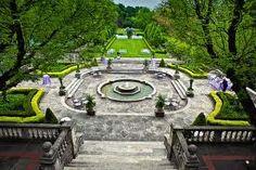 Graydon Hall Manor, Toronto