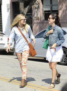 Kristen Bell In Paige Chello Skinny Jeans Rachel Bilson In Gap Denim Jacket Gap Denim Jacket, Trendy Jeans, Professional Wardrobe, Rachel Bilson, Kristen Bell, Latest Fashion Trends, Spring Summer Fashion, Style Me, Celebrity Style