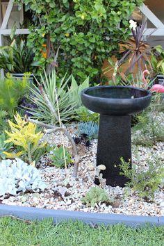 современные-птица-ванна-Перт Modern Bird Baths, Perth, Bird Feeders, Exterior, Birds, Building, Outdoor Decor, Home Decor, Ponds