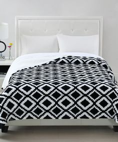 Another great find on #zulily! Black & White Contour Reversible Blanket by Chic Home Design #zulilyfinds