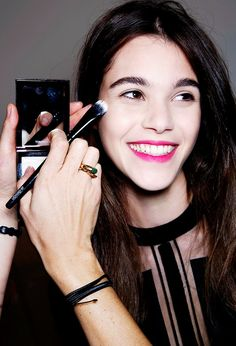 4 Makeup Tricks to Make You Look Younger—No Surgery Required via @byrdiebeauty