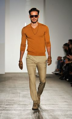e25e913ed1e7f This top is a great fit and a stunning color. With my man s bright eyes