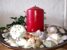 candlelight with shells and stones