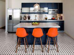 A Decoração azul e branco é tendência em 2014. Você pode dar mais vida e cores para casa acrescentando verde, rosa, amarelo e laranja. O efeito é incrível.